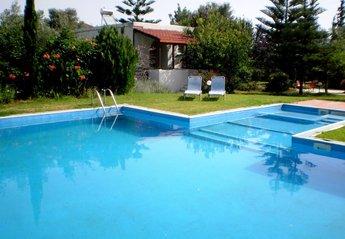 2 bedroom Villa for rent in Chania