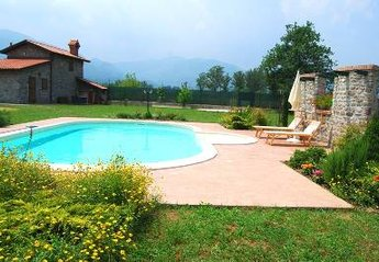 Cottage in Italy, Lunigiana: pool