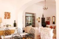 Villa in Portugal, Montinhos da Luz: Picture 7 of Living/dining room