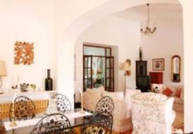 Casa Luneira