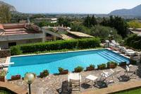 Apartment in Italy, Mondello: Pool 6x12 1, 30 2,80 deep