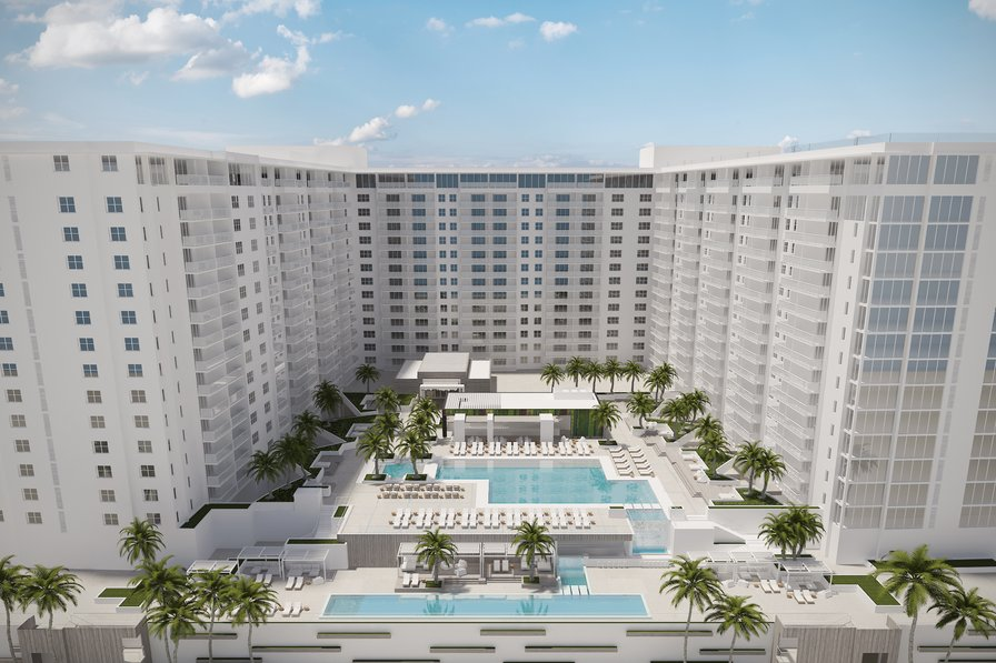 Owners abroad The Roney Palace Condominiums-minimum rental period 30 days