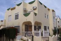MODERN 3 BED VILLA WITH COMMUNAL POOL  AIRCON.WI FI , sunroof .