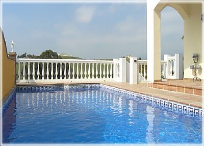 Villa in Spain, Fuengirola: The Pool