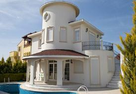 Golf villa with private pool