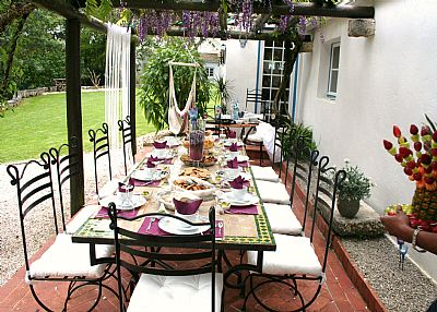 Villa in Portugal, Sintra: out side dining
