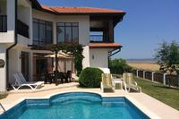 Villa in Bulgaria, Sunny Beach: Villa, private pool and patio.
