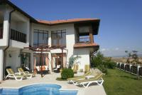 Villa in Bulgaria, Sunny Beach: Villa, pool and garden