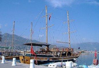 Apartment in Turkey, Mahmutlar: The harbour in Alanya
