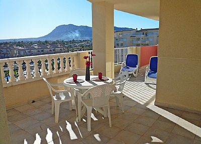 Apartment in Spain, Denia: Balcony overlooking the pool