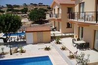 Villa in Cyprus, Pissouri: Kapsalia Villas