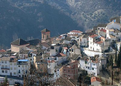 Village house in Spain, Quentar: The village of Quentar