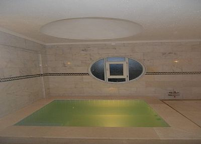 Villa in Turkey, Afyon: Another view of thermal pool at the first floor