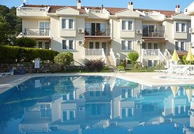 A4 Almond Grove Luxury 3 Bedroom Appartment