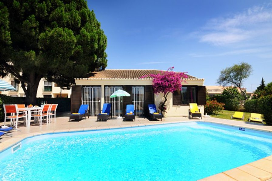 Villa To Rent In Albufeira Algarve With Private Pool 63603