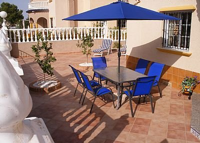 Villa in Spain, La Cuerda y Lomas de Cabo Roig: Front outside patio area