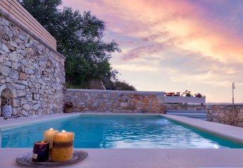 Villa in Greece, Maheri