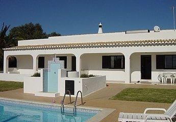 Villa in Portugal, Benagil: Villa front