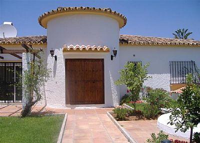 Villa in Spain, San Pedro de Alcantara: entrance