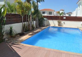3 bedroom Villa for rent in Pernera