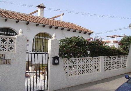 Villa in Las Filipinas, Spain: Villa front entrance