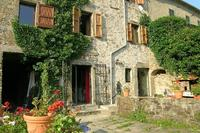 Village_house in Italy, Lunigiana: The house and courtyard