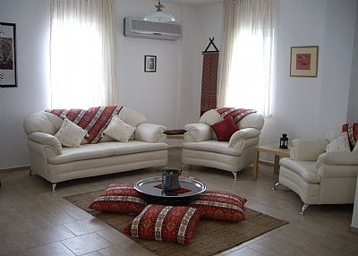 Villa in Turkey, Dalyan: Comfortable Lounge with Ottoman style Seating