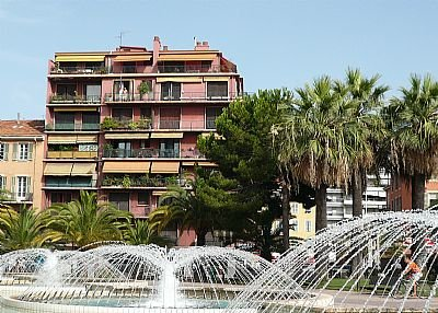 Apartment in France, Garibaldi: view from exterieur
