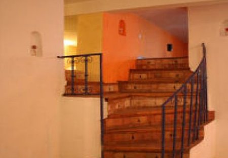 Apartment in Essaouira, Morocco: Stairs to mezzanines