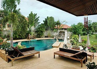 Villa in Thailand, Jomtien: the swimming pool