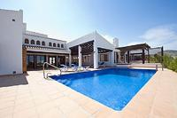 Villa in Spain, El Valle Golf Resort: The terrace and pool