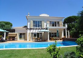 4 Bedroom Luxury Detached Villa in Vale do Lobo opt heated pool