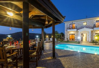 Villa in Cyprus, Lyssos: Outside Areas at Night