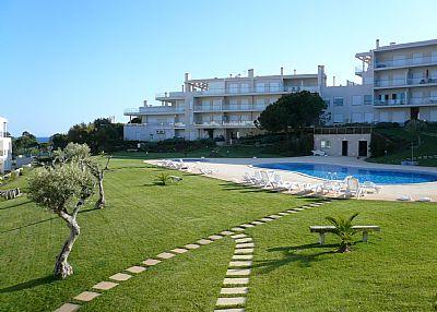 Apartment in Portugal, Olhos de Agua: Pool