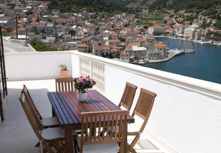 Apartment in Pučišća, Croatia