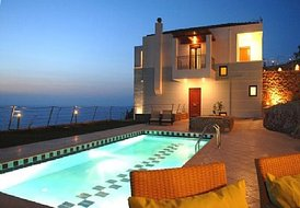 Villa 'Pitho': private Jacuzzi pool, Sauna cabin and Gym room