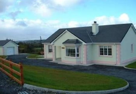 Cottage in Drumduff, Ireland: This is the front of your holiday cottage