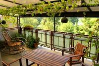 Apartment in Poland, Krakow: Green, spacious (20 sqm) terrace overlooking the river