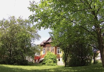 House in Poland, Malopolskie: FRONT GARDEN VIEW OF HOUSE