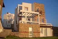 Villa in Turkey, Gundogan: Front of the villa
