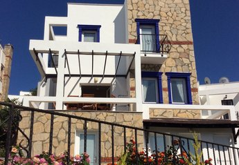 5 bedroom Villa for rent in Gundogan