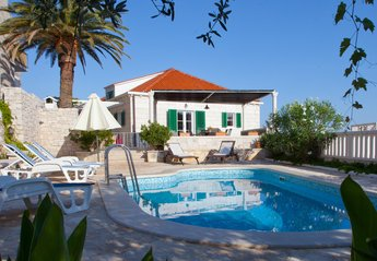 Villa in Croatia, Sumartin: Villa Mir Vami, Brac Island