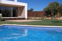 Villa in Portugal, Sagres: Swimming pool and house