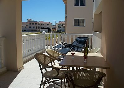 Apartment in Cyprus, Kapparis: Large balcony
