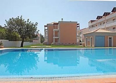 Apartment in Portugal, Olhos de Água: Pool area