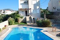 6 guest villa in Chania