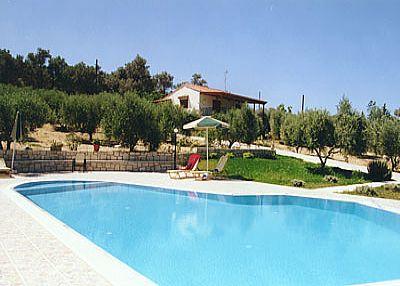 Villa in Greece, Adele: .