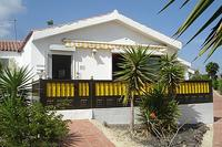 Augusta Park - 2 bed bungalow with sea views