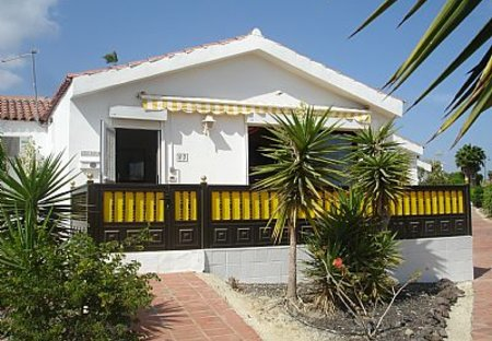 Villa in Golf del Sur, Tenerife: Lovely detached bungalow