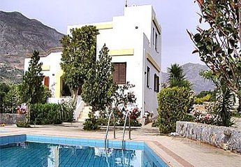 Villa in Greece, Lambini: .
